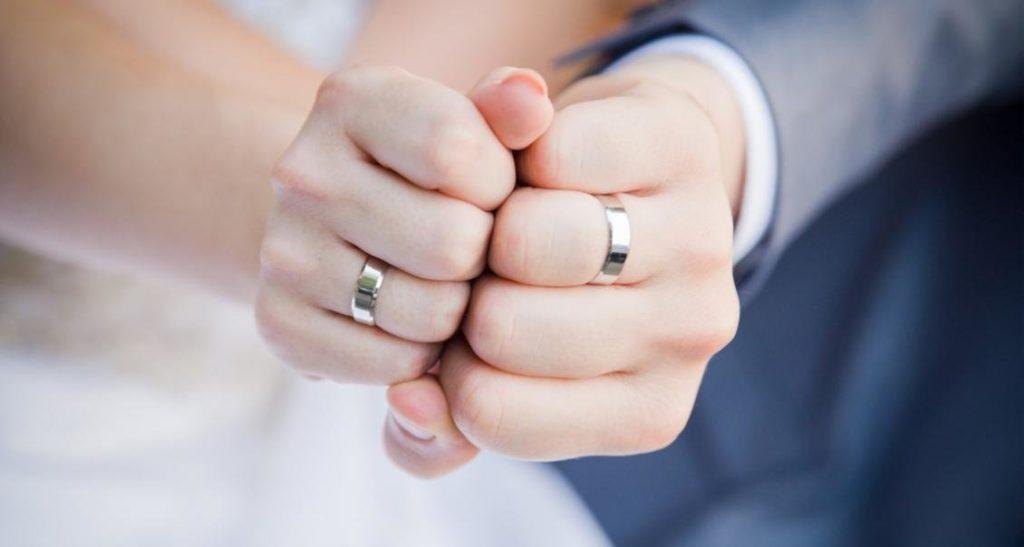 Как выбрать обручальные кольца: 5 шагов