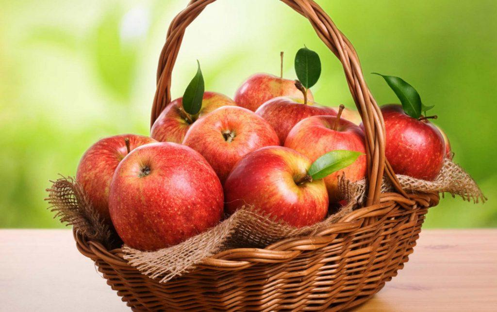 Маски с яблоками для красивой кожи