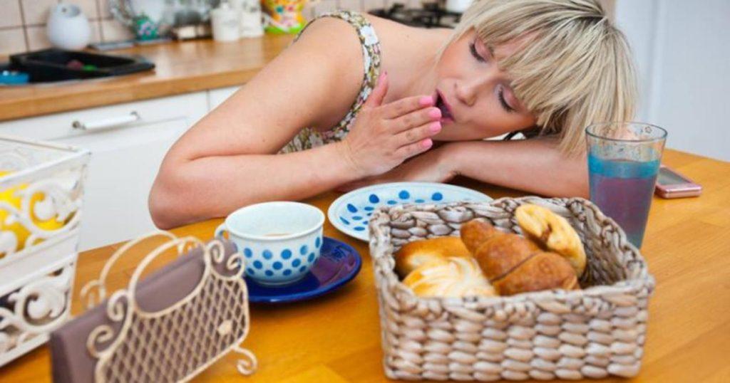 Почему после еды возникает сонливость?