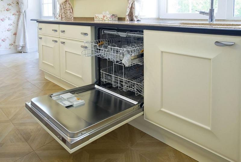 Почему в 2018 году стоит купить посудомоечную машину