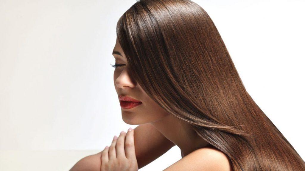 5 методов выпрямления волос естественным способом