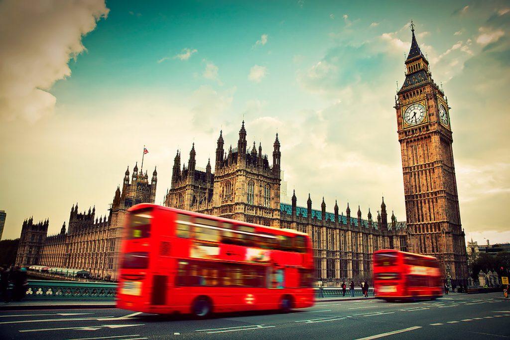 7 золотых правил, чего не стоит делать в Великобритании
