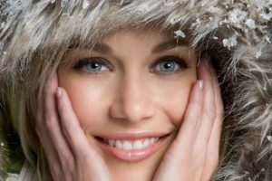 Косметические проблемы, из-за которых мы стареем зимой
