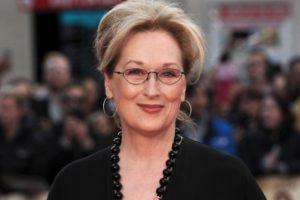Известная 69-летняя актриса впервые станет бабушкой