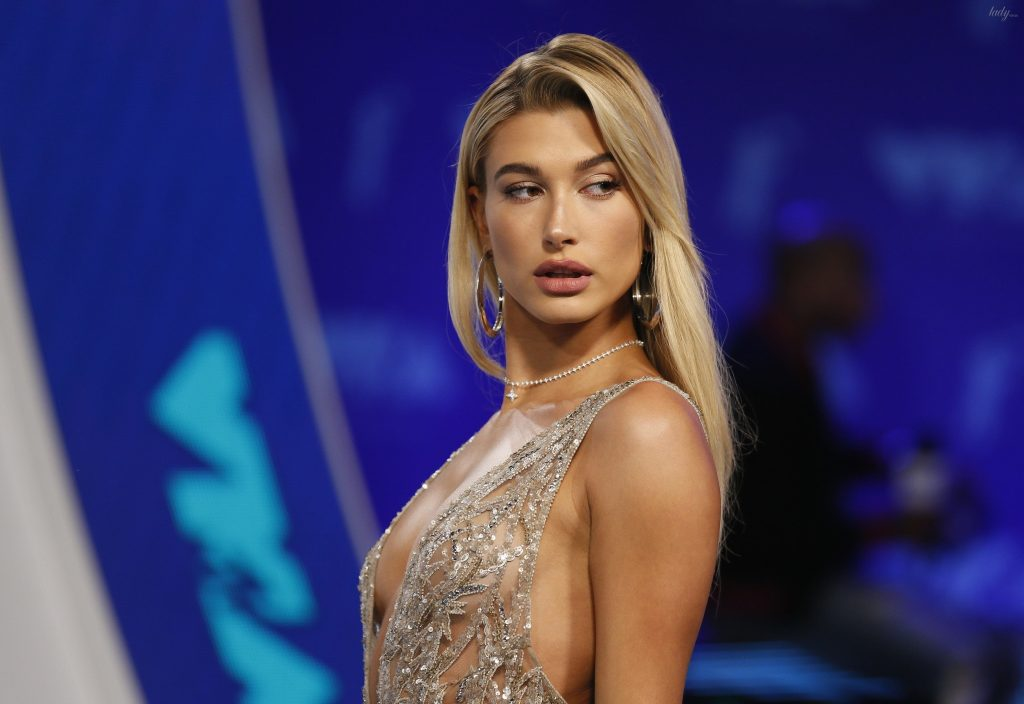 Жена Джастина Бибера рассказала о своих секретах красоты