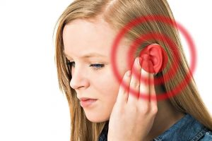 Шум в ушах: почему возникает и как его избежать