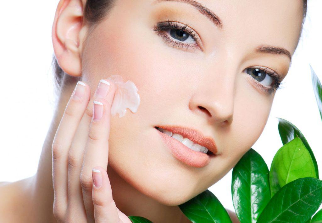 Как правильно ухаживать за кожей в 20, 30, 40 лет?