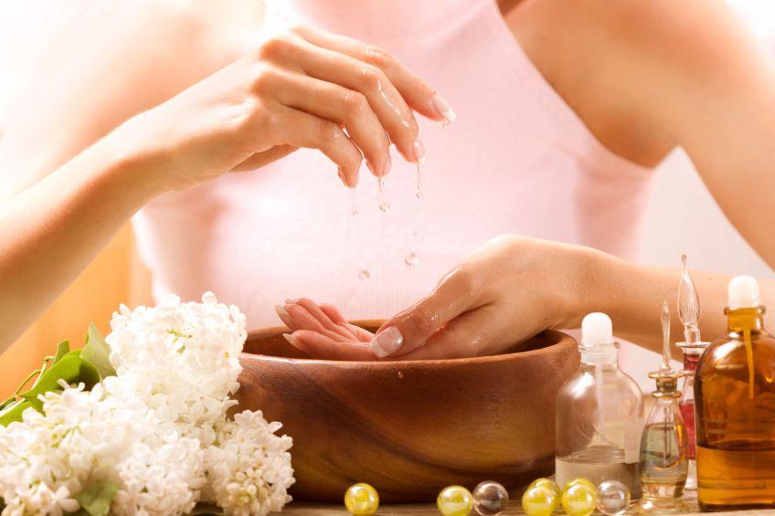 Советы, как защитить кожу рук зимой