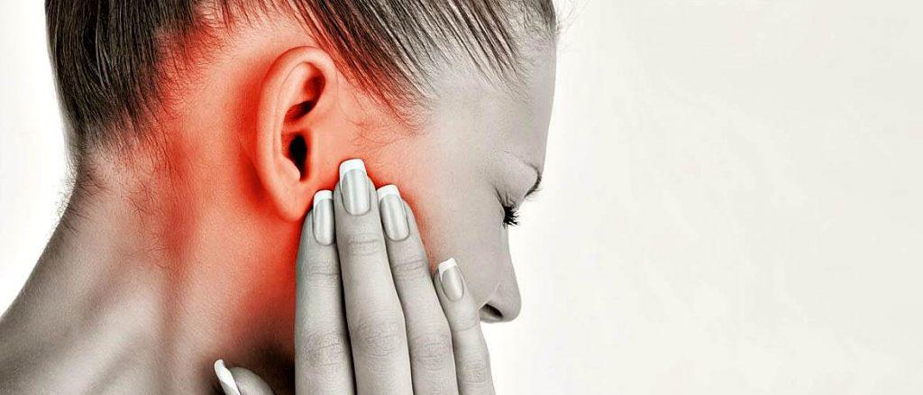 4 натуральных средства от боли в ушах