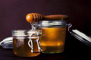 Что будет с вашим телом, если вы начнете есть мед перед сном?