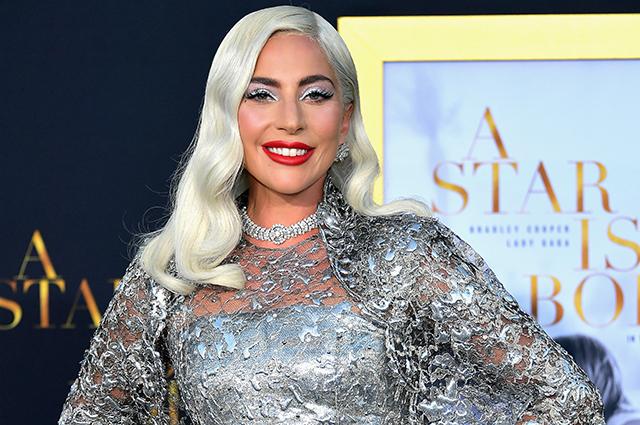 Леди Гага сделала татуировку на половину спины в честь фильма «Звезда родилась»
