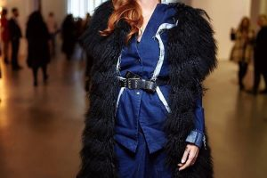 Стильный ответ холодам: Слава Каминская продемонстрировала модный зимний образ