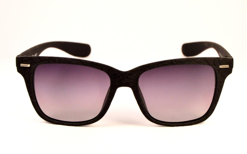 Зачем нужны солнцезащитные очки?