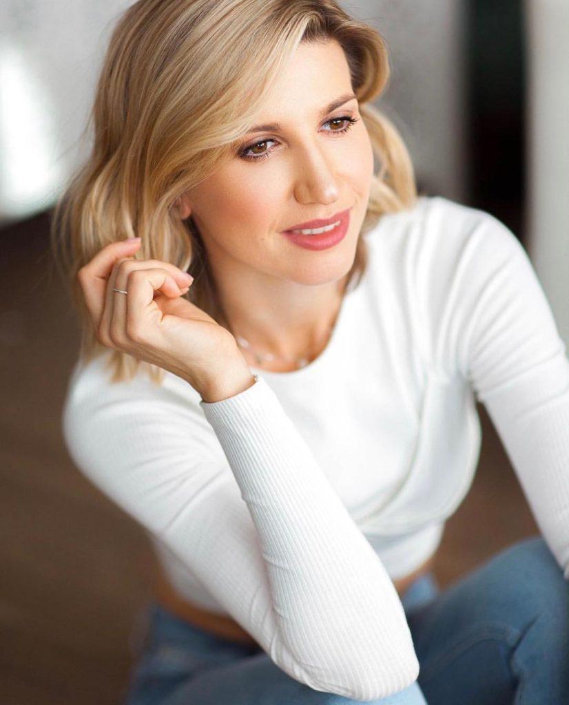 Секрет идеальной кожи: Анита Луценко рассказала, как ухаживает за своим лицом