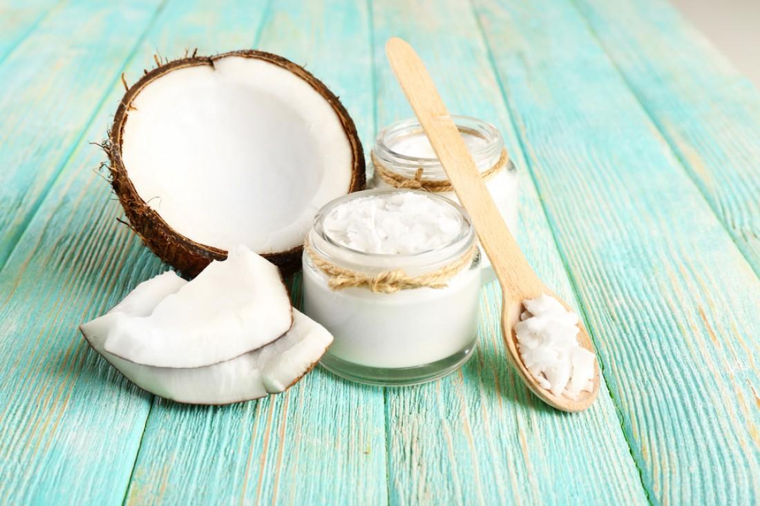 Кокосовое масло - лучший натуральный продукт для ногтей