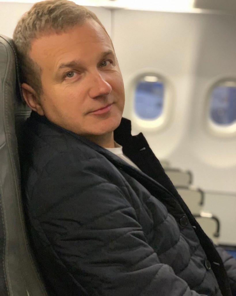 Семейная идиллия: Юрий Горбунов опубликовал совместное фото с Катей Осадчей