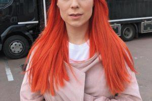 Мода на естественность: Светлана Тарабарова показала себя без макияжа