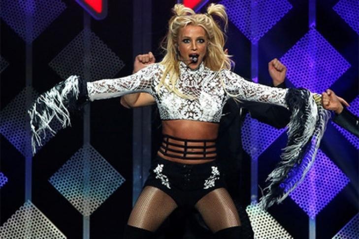 СМИ: Бритни Спирс удерживают в психбольнице против ее воли