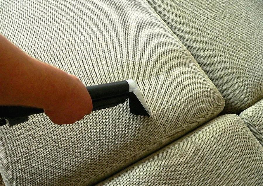 Чистка мягкой мебели: что нужно знать