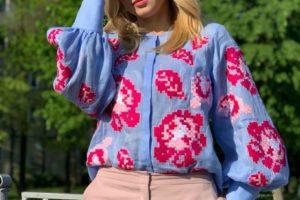 «Бал цветов 2019»: телеведущая Лилия Ребрик стала «Мамой года»