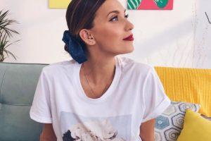 Как будто и не рожала: Регина Тодоренко восхитила поклонников стройной фигурой