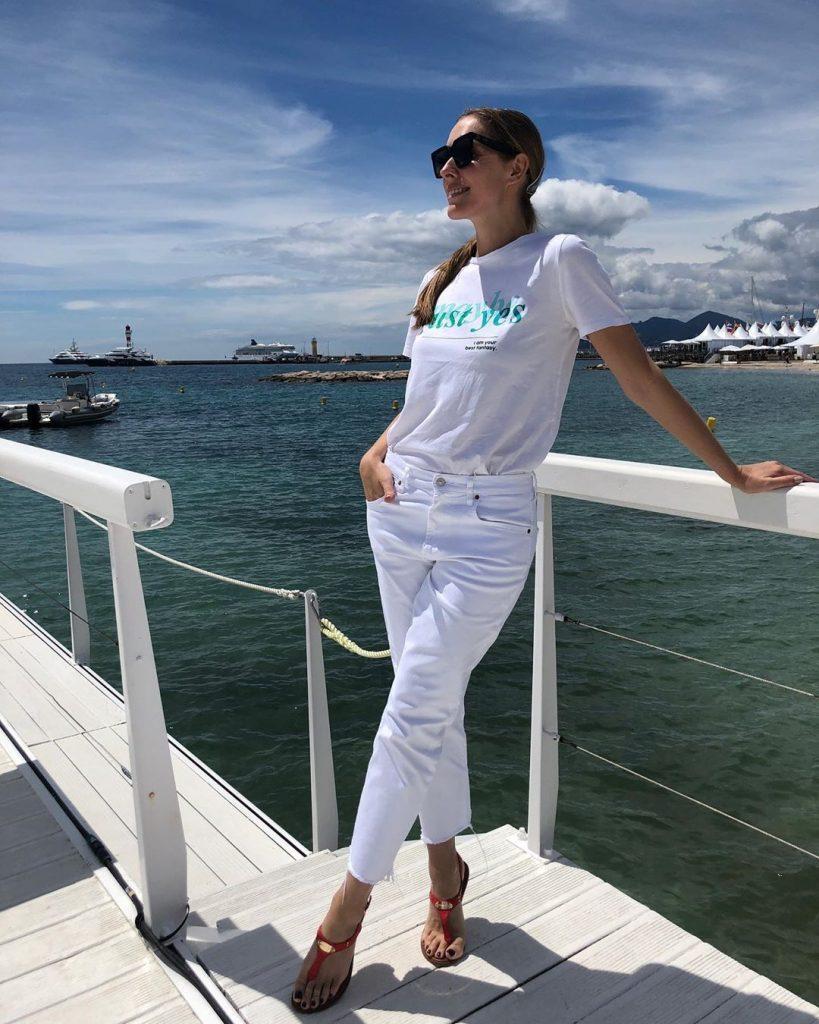 Образ дня: Катя Осадчая блистает в роскошном платье на Каннском фестивале