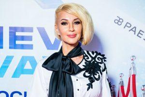 Поклонники умоляют Леру Кудрявцеву показать лицо дочери