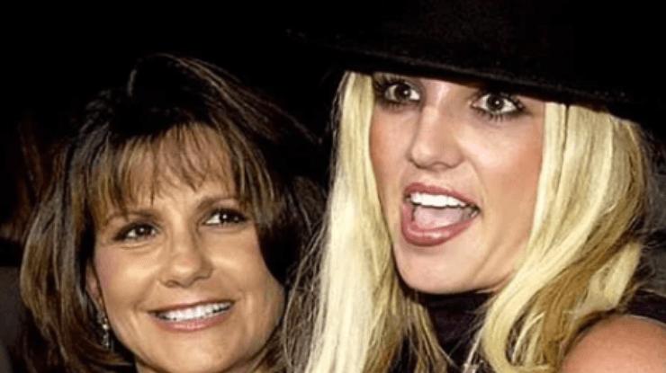 Мать Бритни Спирс подала в суд, чтобы выяснить правду о лечении дочери в психбольнице