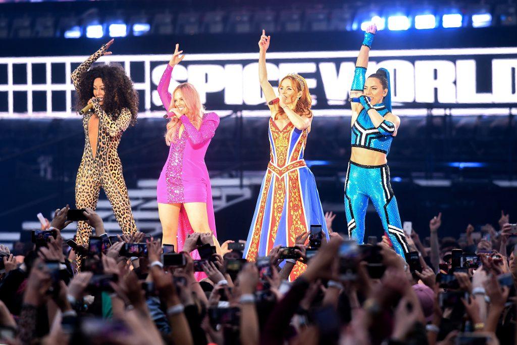 Фанаты разочарованы первым концертом Spice Girls после воссоединения