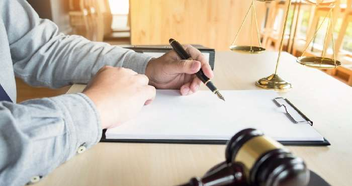 Судебный эксперт — мы поможем пролить свет на любое происшествие