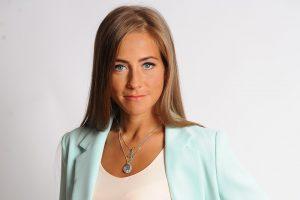 Юлия Барановская вышла в свет со старшим  сыном
