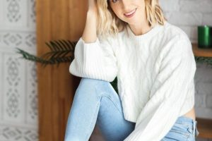 Почему выпадают волосы – отвечает Анита Луценко