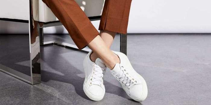 Белые кеды — ваша изюминка в любом стиле одежды