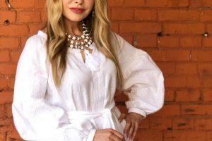 Мода на естественность: Ольга Сумская опубликовала фото без макияжа