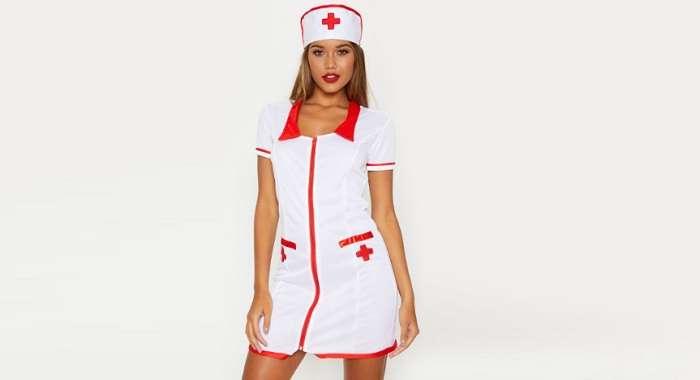Костюм медсестры поставит на ноги любого «больного»