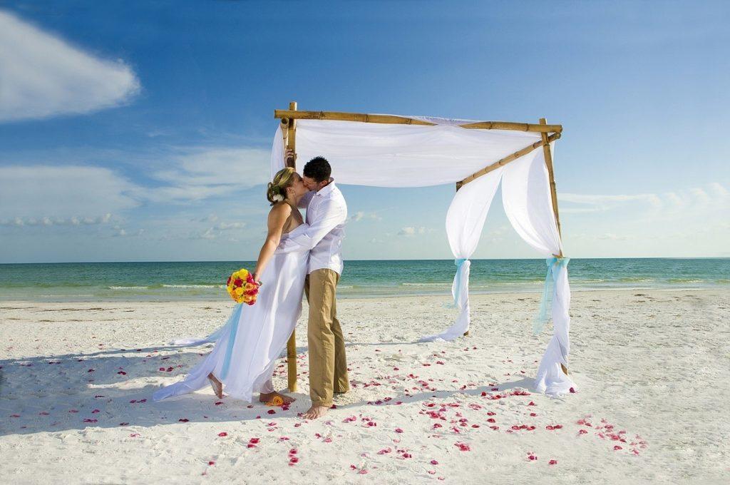 Свадебное путешествие – романтический отдых для двоих