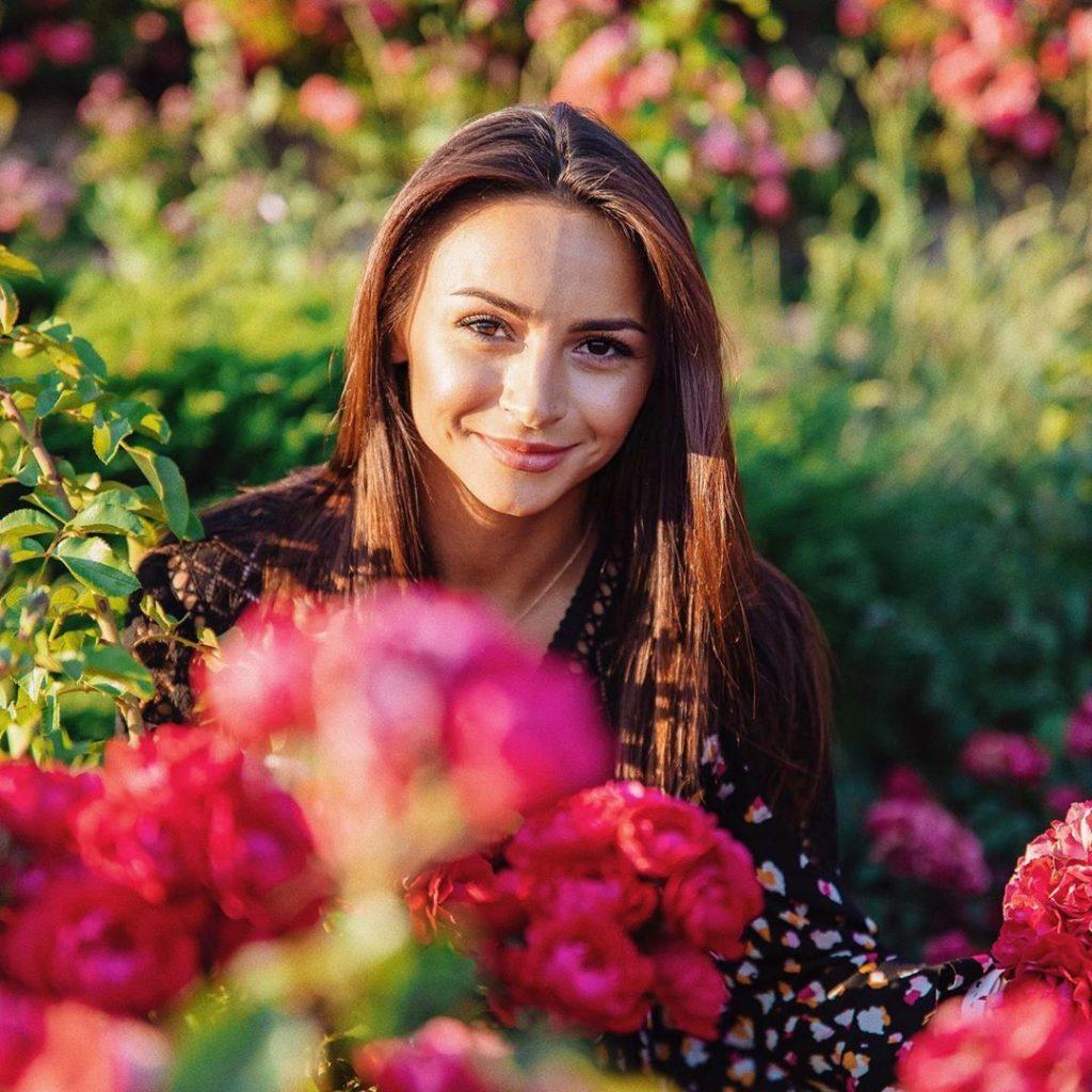 Так выглядит любовь: Илона Гвоздева трогательно поздравила мужа с годовщиной свадьбы