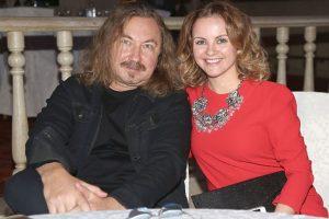 Игорь Николаев отмечает с супругой девять лет совместной жизни