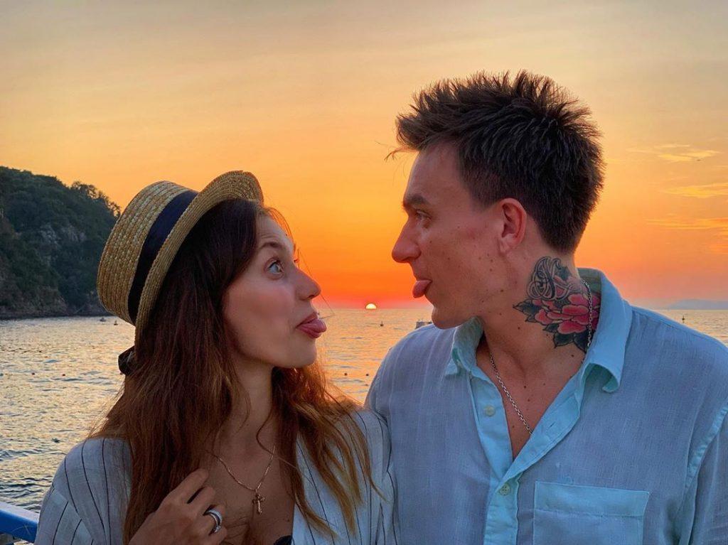 Стильный выход: Регина Тодоренко и Влад Топалов блистают на церемонии «GQ человек года 2019»