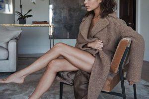 Виктория Бекхэм запускает новый бренд: из дизайнера в визажисты