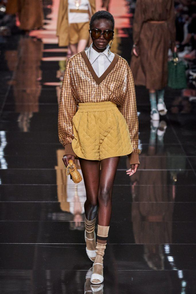 Без участия Карла Лагерфельда: бренд FENDI на Неделе моды в Милане