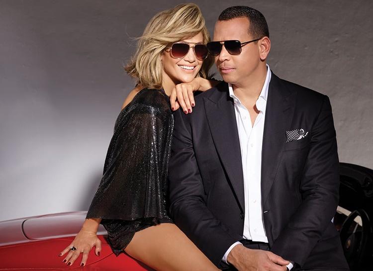 Дженнифер Лопес и Алекс Родригес закатили праздничную вечеринку спустя полгода после помолвки