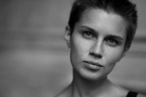 Мельникова Даша удивила новой откровенной фотосессией