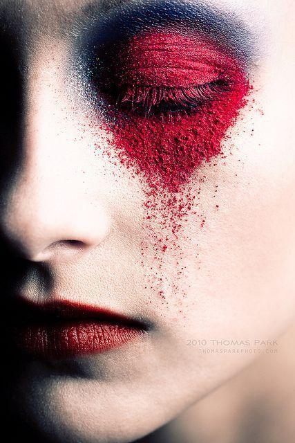 Идеи макияжа в красном оттенке