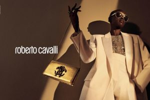 Роскошная рекламная кампания от Roberto Cavalli с участием Алек Век