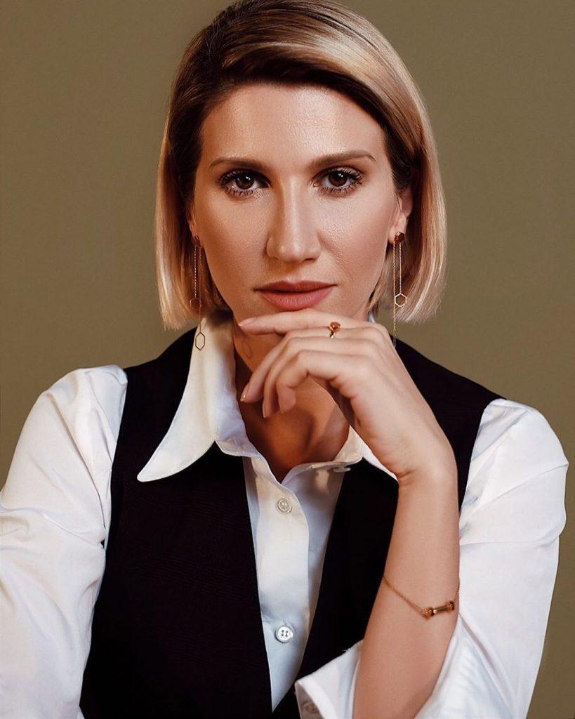 Анита Луценко улетела в Индию за просветлением