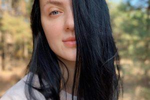 Снежана Бабкина рассказала о своем уходе за волосами