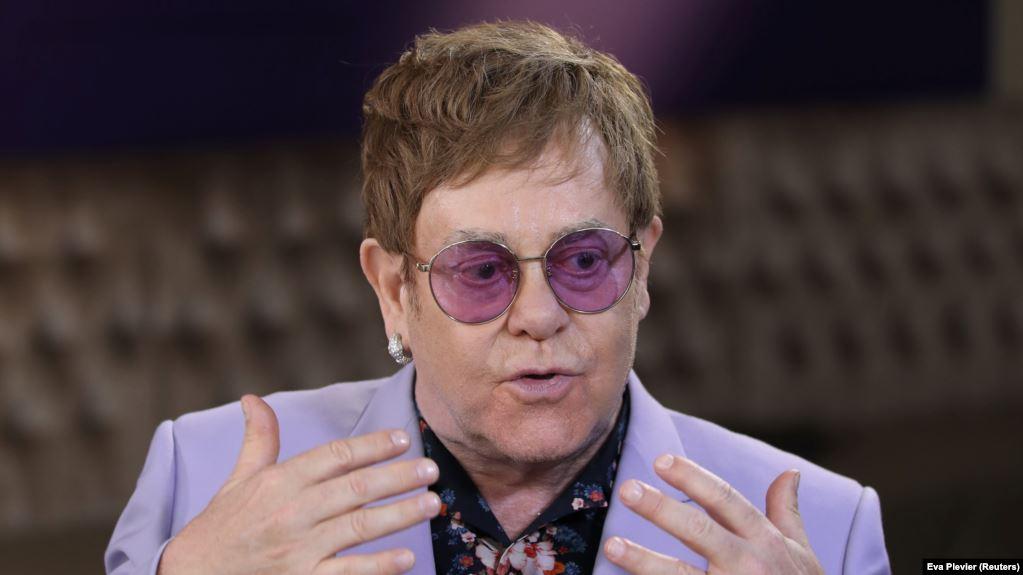 Элтон Джон откровенно рассказал, как едва не разрушил свою жизнь из-за наркотиков