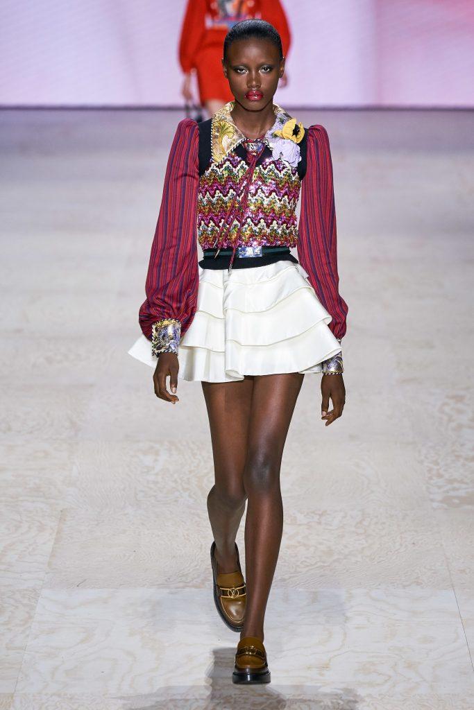 Показ LOUIS VUITTON завершил Неделю моды в Париже
