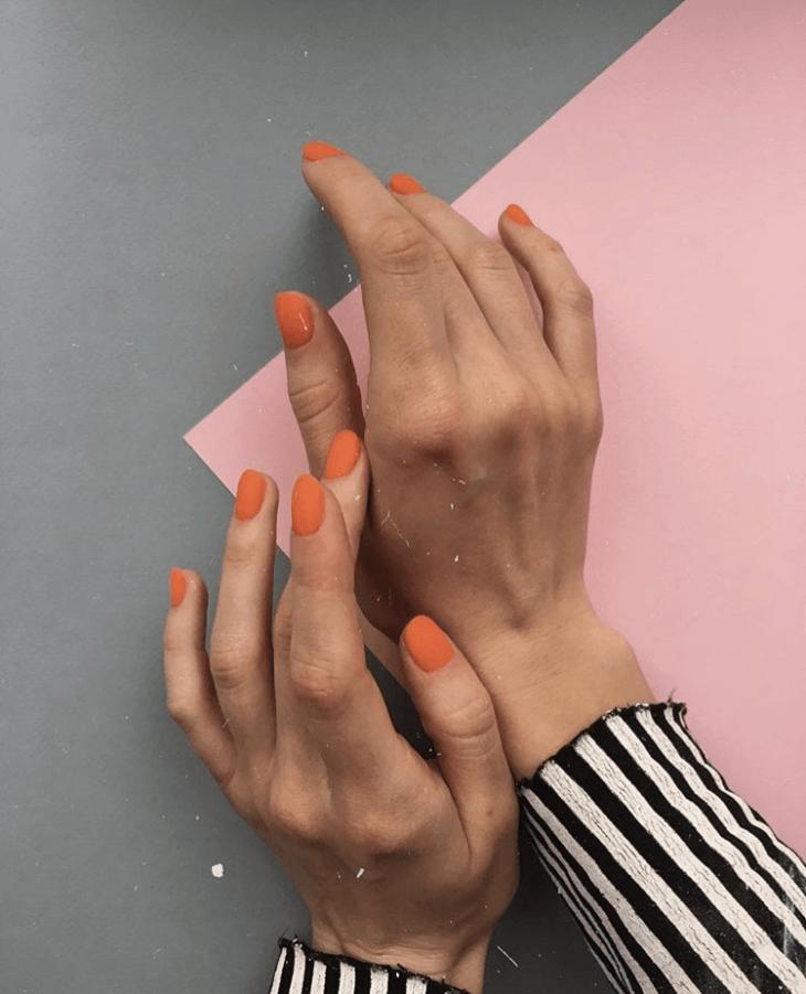 Тренды маникюра: оранжевые оттенки